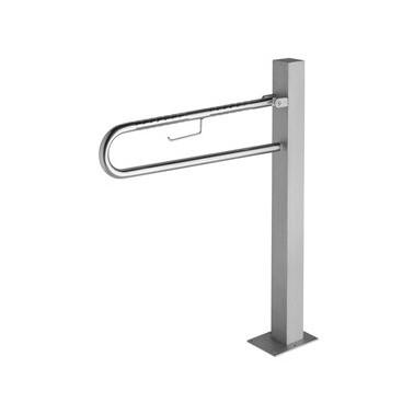 Asidero abatible fabricado en acero inoxidable sobre pedestal  acabado satinado medida del asidero 70cm