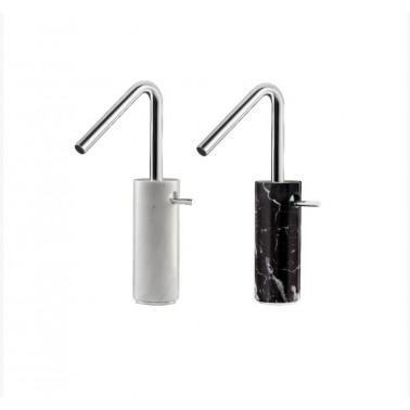 Grifo alto de lavabo con desagüe semiautomático de mármol Carrara Galindo