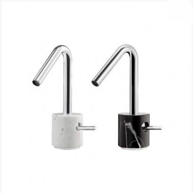 Grifo de lavabo con desagüe semiautomático de mármol Carrara Galindo