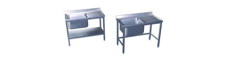 Fregaderos industriales con soporte y entrepaño